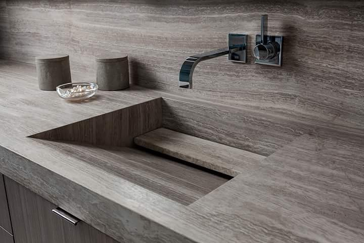integrated-sink-in-Chenille-White-Limestone-Bathroom-design-b-@allisonpaladinointeriors-Haifa-Limestone