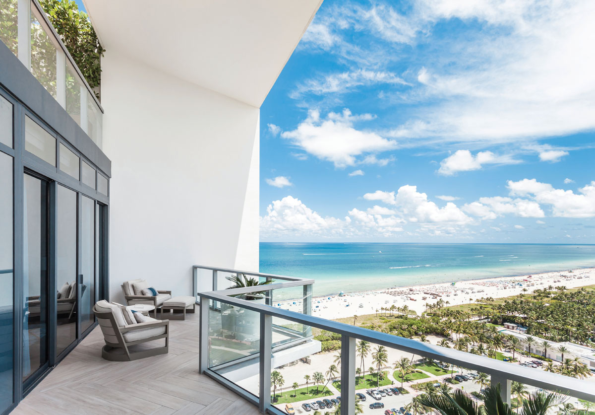Living in a penthouse has its advantages. With stretched out views as far as the eye can see, the Miami lifestyle is one that is sure to satisfy to the soul.